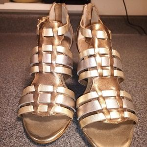 Gold Tone Glam Shoes, Size 7.5